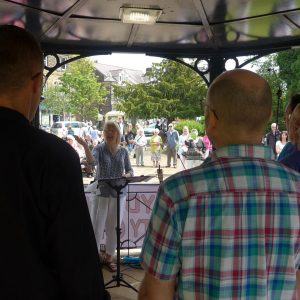 Ben Rhydding Community Choir: Summer Sing for Matugga!